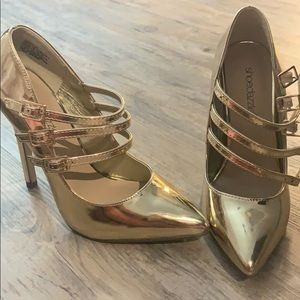 Gold heels, brand new in box